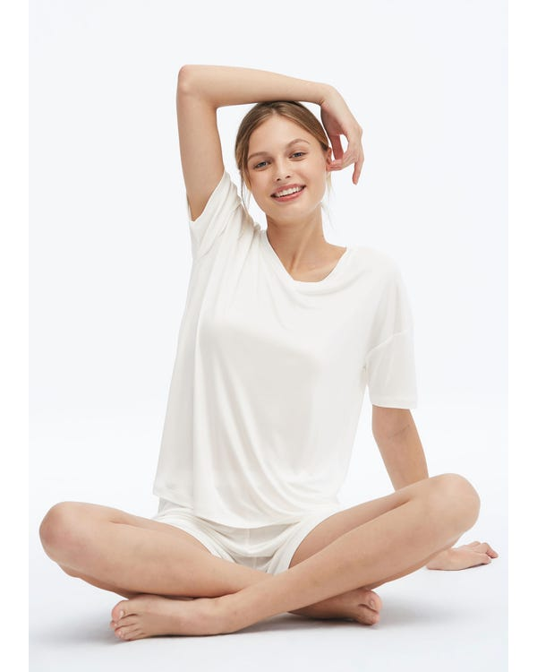 Loose Cozy Silk Lounge T-shirt-hover
