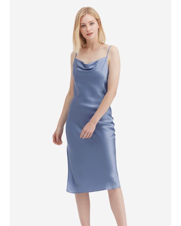 上品 魅力的カウルネック シルクスリップドレス